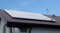 4,5 kWp Anlage auf Einfamilienhaus © PV-Diskont